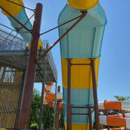 Acquascivolo Rafting Slide, struttura vista dal basso