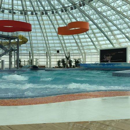 piscine con le onde artificiali